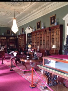 photo of Tatton Hall's library